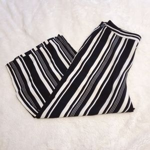 Jasmine & Juliana Striped Cropped Gaucho Pants